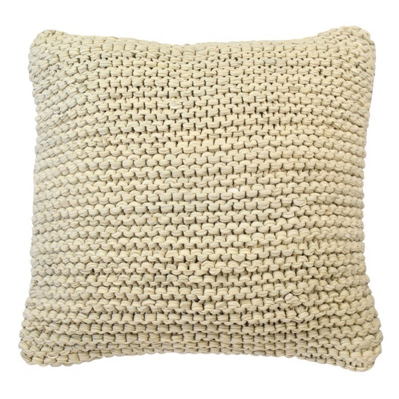 Calm waters cushion escape to paradise