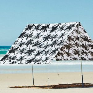 christmas gift ideas byron bay beach shade black and white